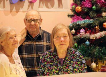 постояльцы дома для престарелых