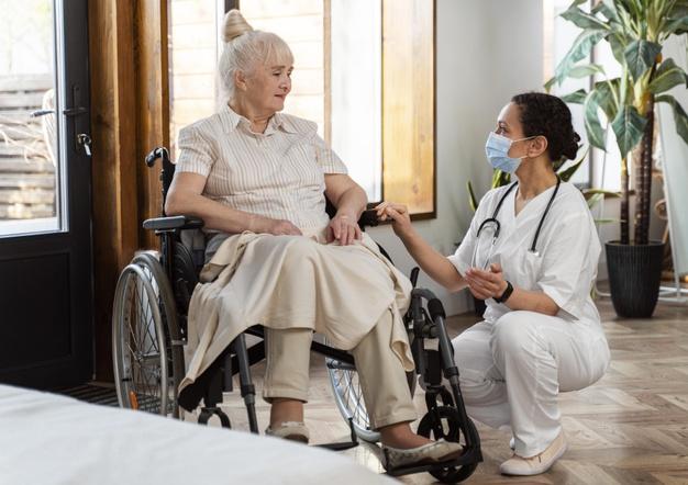 уход за людьми старше 80 дом престарелых